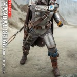 hot-toys-the-mandalorian-and-the-child-deluxe-1-4-scale-figure-star-wars-img05