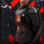 hot-toys-moff-gideon-sixth-scale-figure-star-wars-the-mandalorian-collectibles-tms029-img07