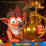 first-4-figures-crash-winner-standard-edition-statue-CTR-team-racing-nitro-fueled-collectibles-img02