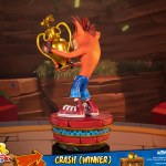 first-4-figures-crash-winner-standard-edition-statue-CTR-team-racing-nitro-fueled-collectibles-img05