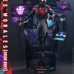 hot-toys-miles-morales-2020-suit-sixth-scale-figure-spider-man-marvel-vgm49-img04