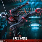 hot-toys-miles-morales-2020-suit-sixth-scale-figure-spider-man-marvel-vgm49-img18