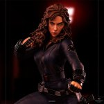 iron-studios-black-widow-1-4-scale-statue-legacy-replica-infinity-saga-marvel-collectibles-img11