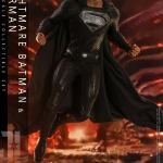 hot-toys-knightmare-batman-and-superman-1-6-scale-collectible-set-justice-league-collectibles-img27