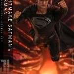 hot-toys-knightmare-batman-and-superman-1-6-scale-collectible-set-justice-league-collectibles-img28
