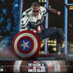 hot-toys-captain-america-sixth-scale-figure-falcon-and-winter-soldier-collectibles-tms040-img10