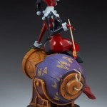 sideshow-collectibles-harley-quinn-and-the-joker-diorama-statue-dc-comics-img10
