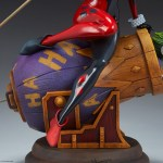 sideshow-collectibles-harley-quinn-and-the-joker-diorama-statue-dc-comics-img15