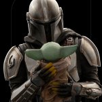 iron-studios-the-mandalorian-and-grogu-1-10-scale-statue-star-wars-collectibles-img08