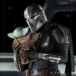 iron-studios-the-mandalorian-and-grogu-1-10-scale-statue-star-wars-collectibles-img14