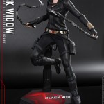 hot-toys-black-widow-sixth-scale-figure-black-widow-movie-marvel-collectibles-img02