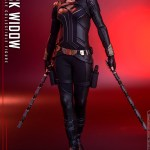 hot-toys-black-widow-sixth-scale-figure-black-widow-movie-marvel-collectibles-img04