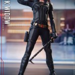 hot-toys-black-widow-sixth-scale-figure-black-widow-movie-marvel-collectibles-img07