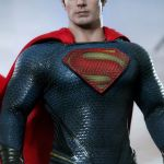 hot-toys-man-of-steel-superman-sixth-scale-figure-mms-200-dc-comics-collectibles-img07