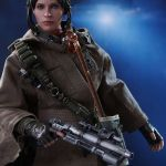 hot-toys-star-wars-rogue-one-jyn-erso-deluxe-version-sixth-scale-figure-mms-405-img04