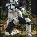 hot-toys-scout-trooper-sixth-scale-figure-star-wars-return-of-the-jedi-mms-611-img08