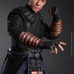 hot-toys-wenwu-sixth-scale-figure-shang-chi-legend-of-the-ten-rings-collectibles-img19