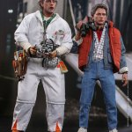 hot-toys-doc-brown-sixth-scale-figure-back-to-the-future-collectibles-mms-609-img06