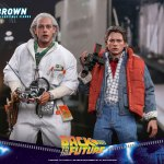 hot-toys-doc-brown-sixth-scale-figure-back-to-the-future-collectibles-mms-609-img09