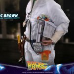 hot-toys-doc-brown-sixth-scale-figure-back-to-the-future-collectibles-mms-609-img12