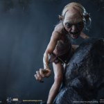 asmus-toys-gollum-1-6-scale-figure-the-lord-of-the-rings-collectibles-img11