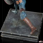 iron-studios-zombie-captain-america-1-10-scale-statue-marvel-what-if-zombies-img09