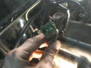 Where do these wires go? 22RE 87 T4R  Toyota 4Runner Forum  Largest 4Runner Forum