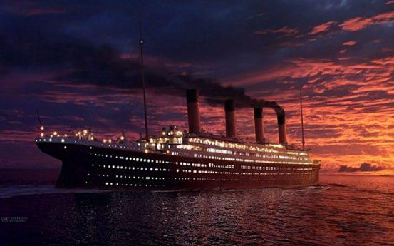 Titaniic ship ocean