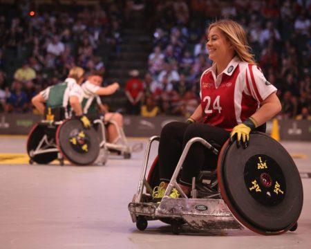 donna sedia ruote sport  emozione azione felicità  COME FAR SPARIRE LA PAURA