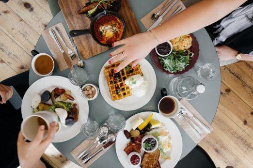 mangiare colazione restaurante