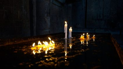 velas luces luz noche oscuridad tumbas LAS HABAS Y OTROS RITUALES ROMANOS