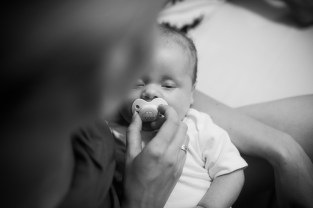 baby pacifier mother DOES THE BABY REALLY NEED A PACIFIER?