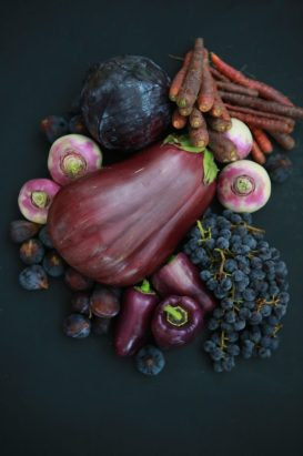 verdure viole purpura melanzana uva peperone carote LE FAVE E LA LORO ORIGINE IMPURA
