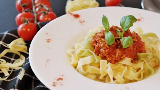 food meat pasta WHAT IS THE VEGAN DIET?