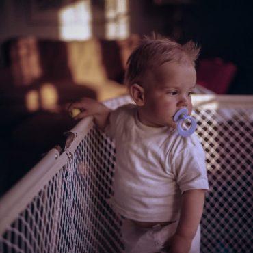 bebé niño chupete dormir sueño noche ¿EL BEBÉ NECESITA REALMENTE EL CHUPETE?