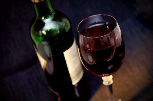 vino botella copa rojo uva PRODUCTOS NATURALES, PROBIÓTICOS Y ORGÁNICOS