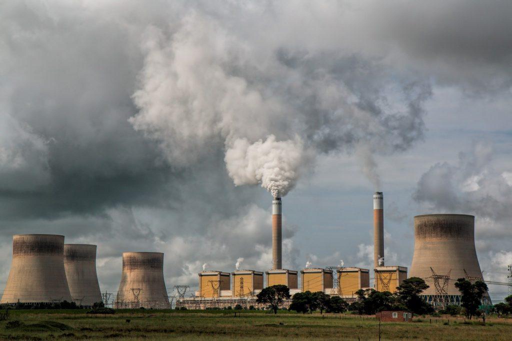 contaminación industrial central eléctrica energía nuclear contaminante cambio climático clima atmósfero emisiones co2 SOS TIERRA