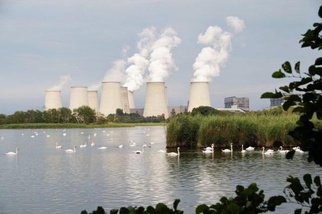 contaminación central eléctrica nuclear emisiones co2 cambio climático clima SOS TIERRA
