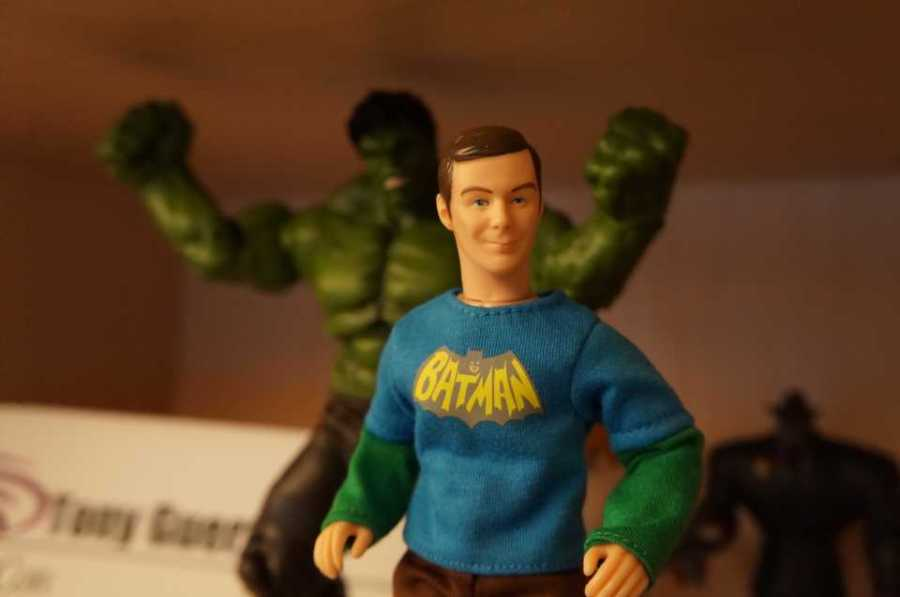 Big Bang Theory Sheldon Cooper Figurine