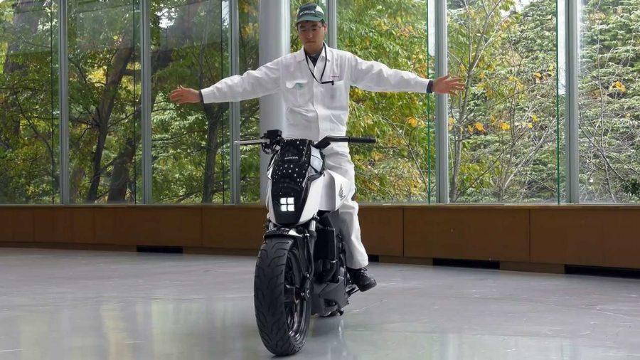 Tom's Selec - moto autoéquilibrée honda