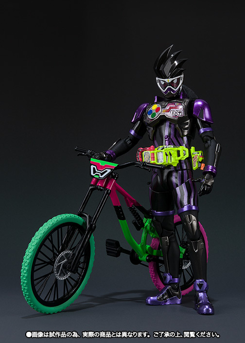 s-h-figuarts-masked-rider-genm-action-gamer-level-2-1