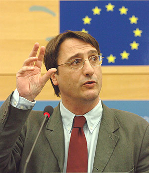 Claudio Fava Favismo
