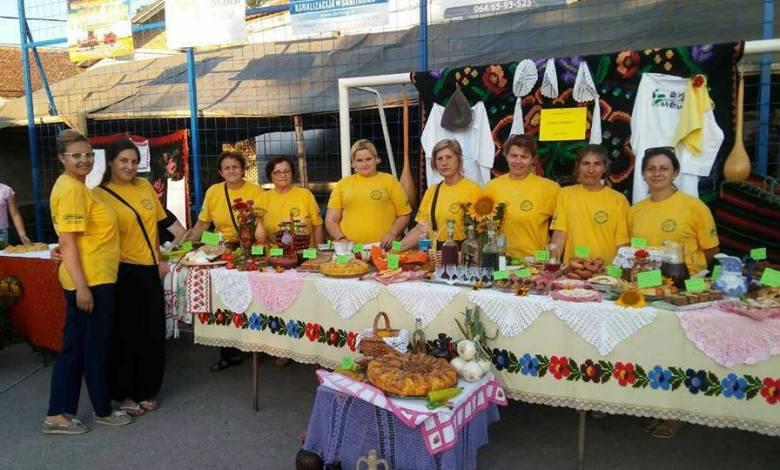"""Photo of VREDNE NAGRADE: """"Udruženje žena Topolovčanke"""" osvojile dve diplome na manifestaciji Dani suncokreta u Batuši, kod Malog Crnića! (FOTO)"""
