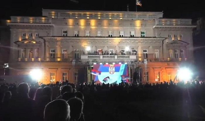 Photo of SPEKTAKL: Doček evropskih šampionki ispred Starog dvora (VIDEO UŽIVO)