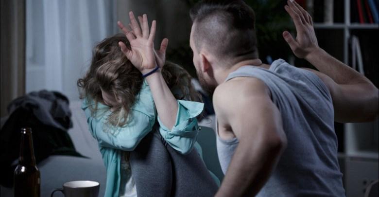 Photo of HAPŠENJE KOD GOLUPCA: Pijan psovao i tukao suprugu, preteći joj ubistvom