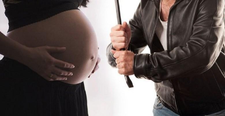 Photo of MAKLJAŽA SRBINA I TURČINA U AUSTRIJI: Udarali se metalnom šipkom, trudna Srpkinja pokušala da ih zaustavi, pa i ona dobila batine!