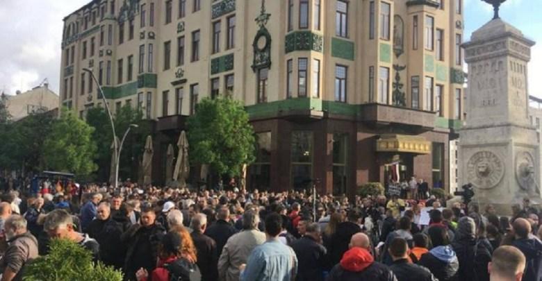 """Photo of OPOZICIJA NE ODUSTAJE: Održan 26. protest """"Jedan od pet miliona"""" u Beogradu (VIDEO)"""
