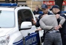 Photo of UHAPŠEN POLICAJAC IZ ALEKSINCA: Presretao i pelješio kamiondžije na auto-putu!