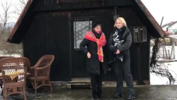 Photo of ZATVORENICI SU JE SAGRADILI: Izvorinka Milošević otkrila mračnu priču koja se krije iza njene vikendice u Neresnici kod Kučeva