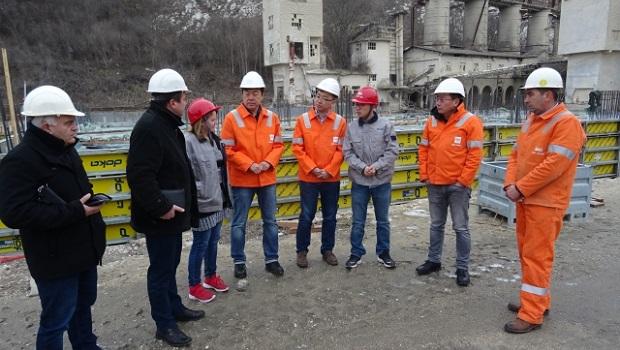 Photo of INVESTICIJA OD 20 MILIONA EVRA: Predsednik Kučeva obišao radove na izgradnji krečnih peći u Kaoni